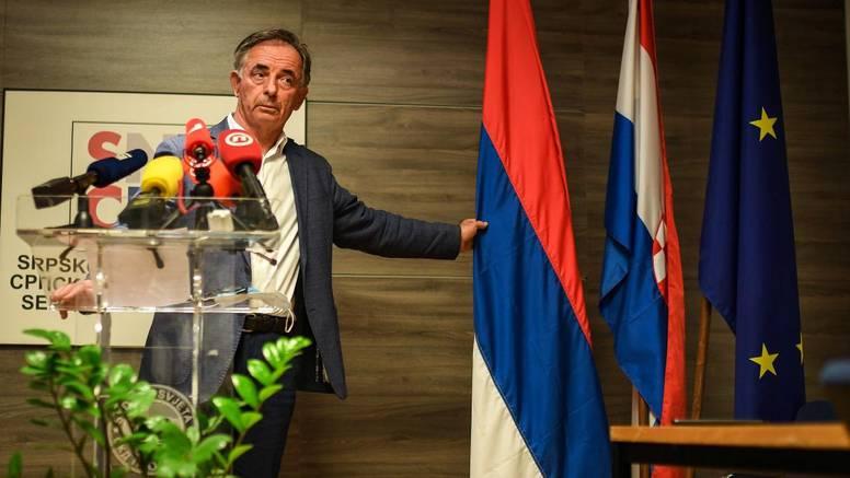 Pupovac: Srbi će istaknuti svoje zastave u skladu sa zakonom