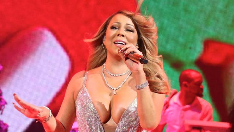 Znanstvenici potvrdili: Božićna glazba ima loš utjecaj na psihu