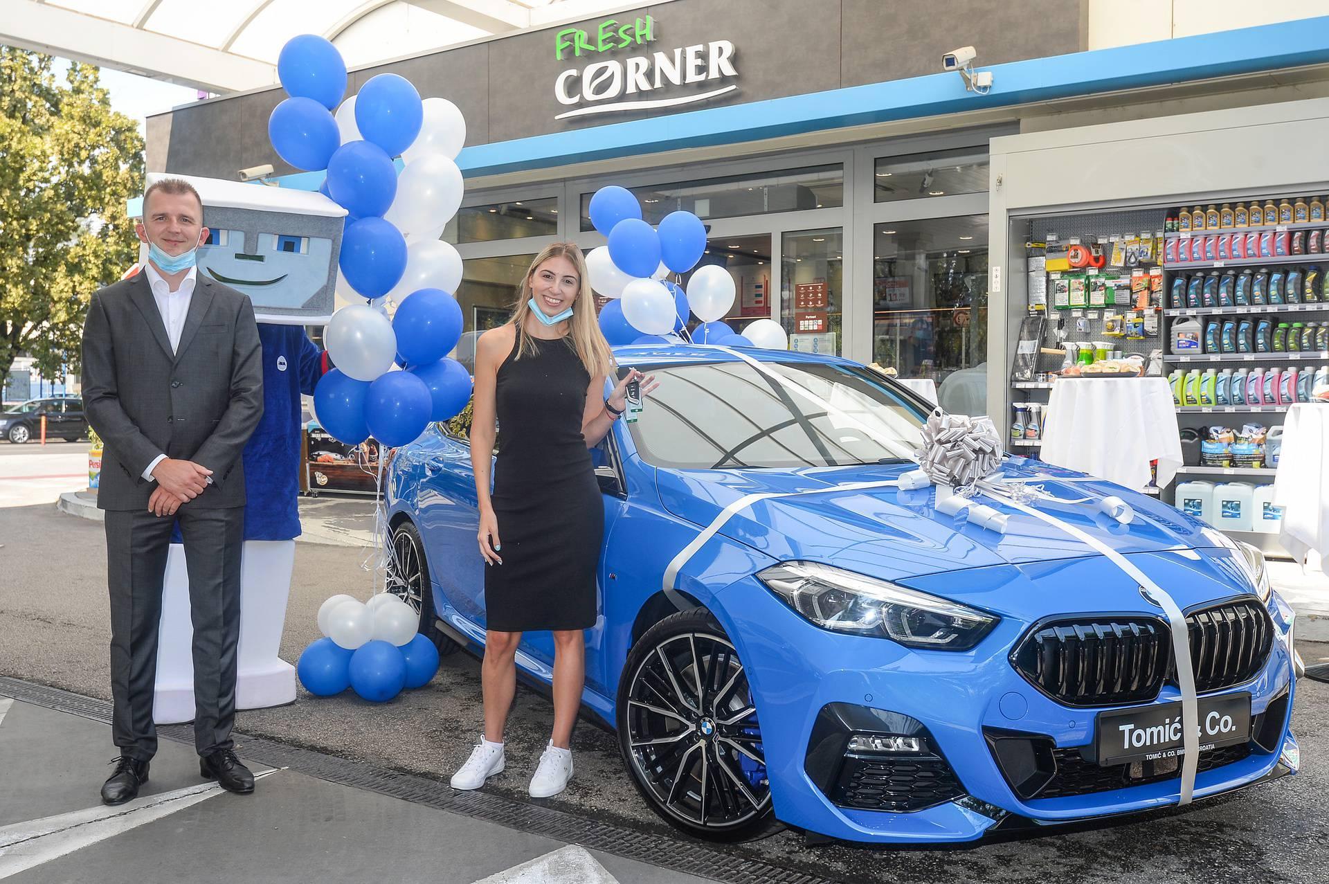 Sretna dobitnica osvojila BMW u nagradnoj igri Ine