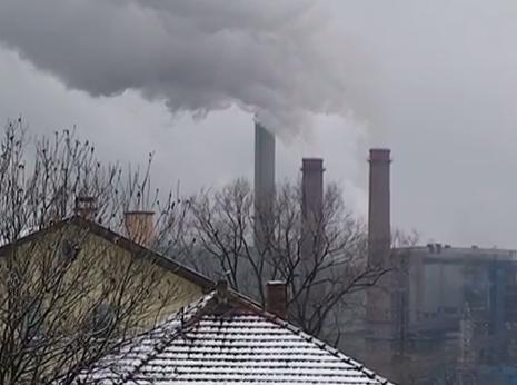 Zbog jakog onečišćenja zraka u Tuzli je otkazana  sva nastava