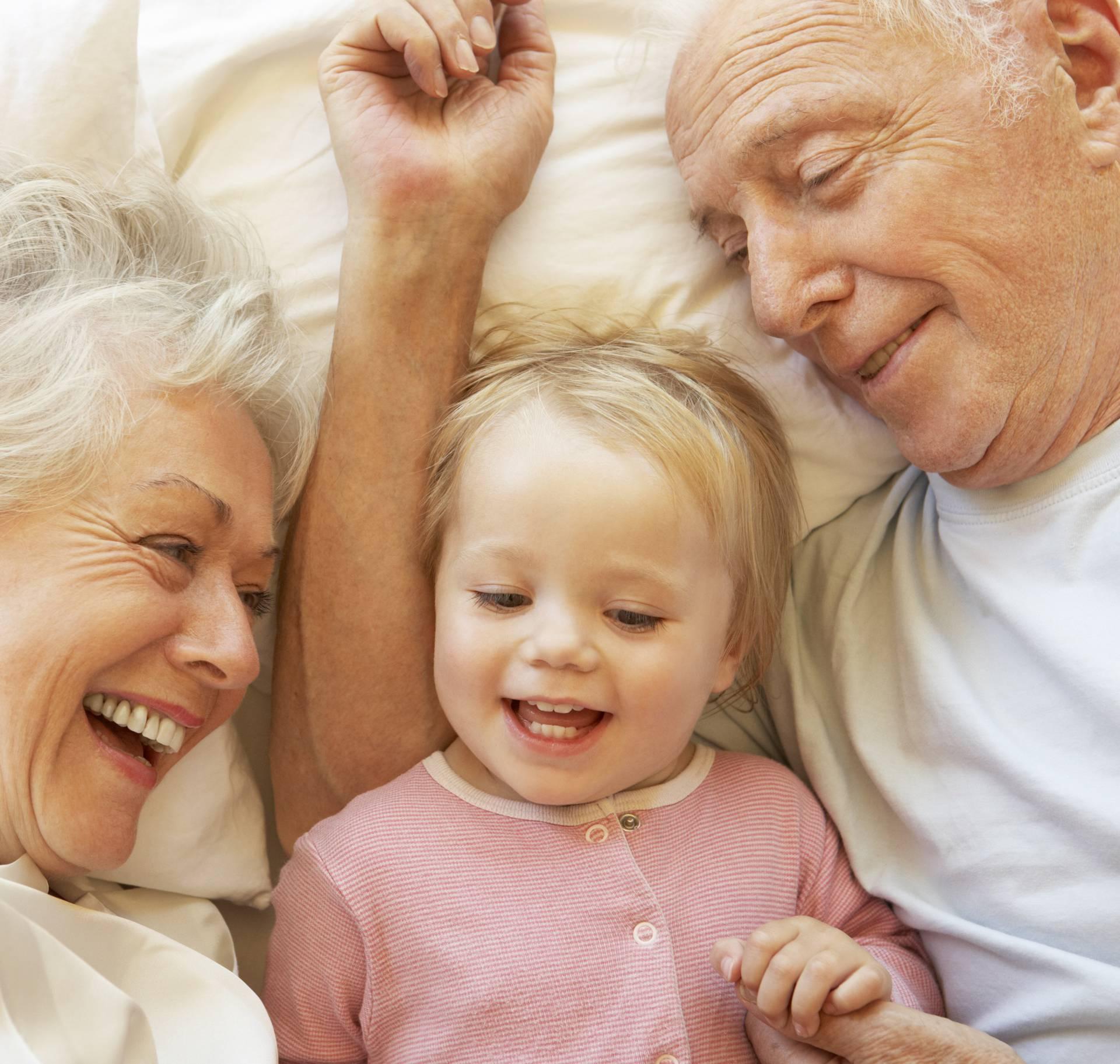 Muljaju nas: Djedovi i bake baš uvijek imaju omiljenog unuka