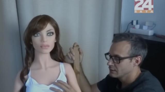 """""""Moja žena, seks lutka i ja"""": Seks s lutkom spasio im brak"""