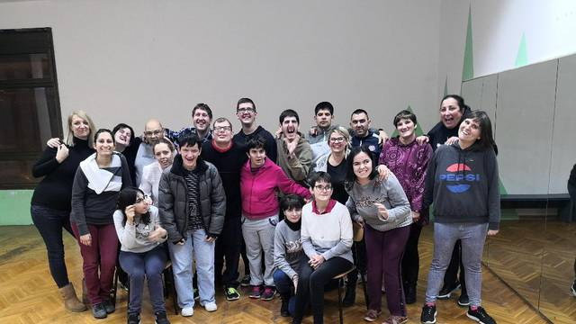 Glazbeno šaputanje: Predstava Udruge Novi zvuk u GSK Split