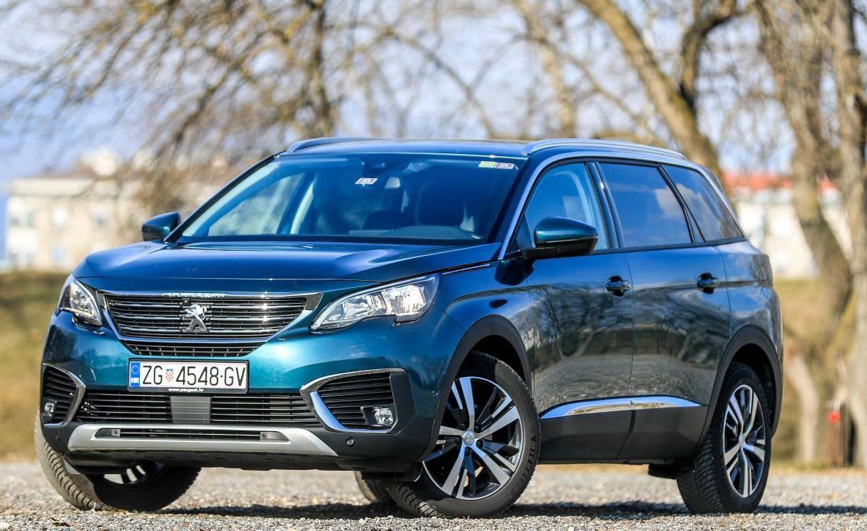 Rijetko dobar spoj prostranosti i dizajna: Test Peugeota 5008