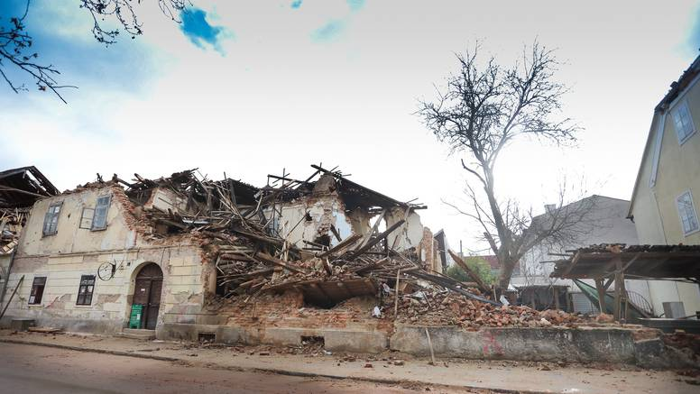 'Od razornog potresa u prosincu do danas bilo ih je više od 1220. To će trajati još neko vrijeme'