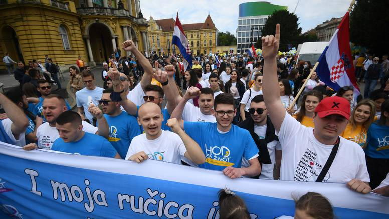 Gotov Hod za život: Okupilo se nekoliko tisuća ljudi, bili su i prosvjednici i mnoštvo policije