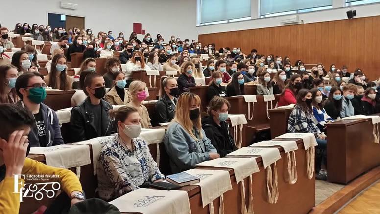 Studenti se napokon vratili i na Filozofski: 'Nećemo tražiti Covid potvrde, ne želimo segregaciju'
