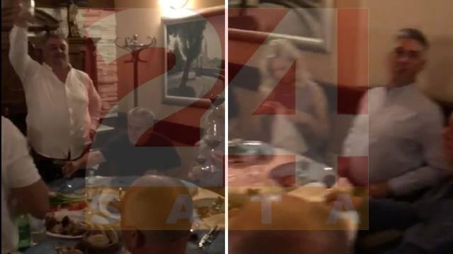 Nova snimka: Bandić  pjeva uz tamburaše 'Sretan rođendan' poduzetniku koji je davao mito