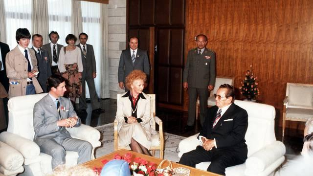 Čisti luksuz: Princ Charles je 'posudio' Titovu bisernu kadu
