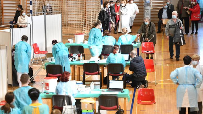 Počelo probno cijepljenje na još tri lokacije u Zagrebu: 'U srijedu ćemo procijepiti 8000 građana'