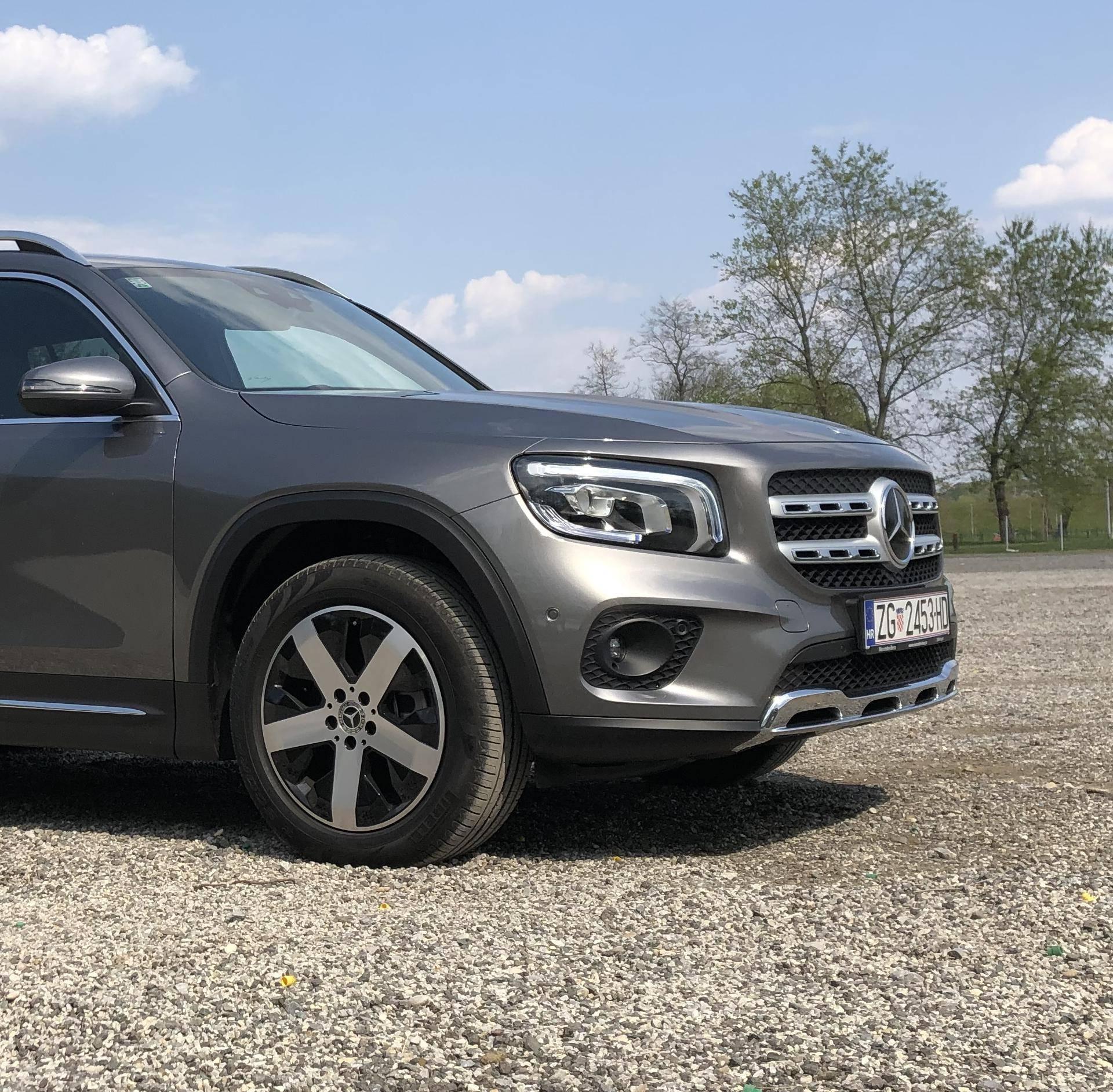 Testirali smo Mercedes GLB: Odličan je i vrlo prostran SUV