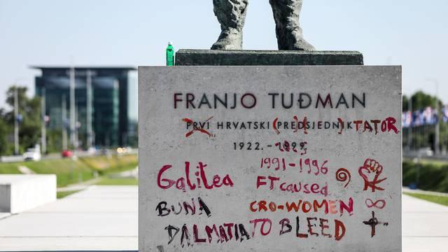 Zagreb: Devastiran spomenik Dr. Franje Tuđmana