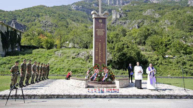 Obitelji ubijenih u Grabovici kod Mostara 28 godina kasnije i dalje traže tijela ubijenih