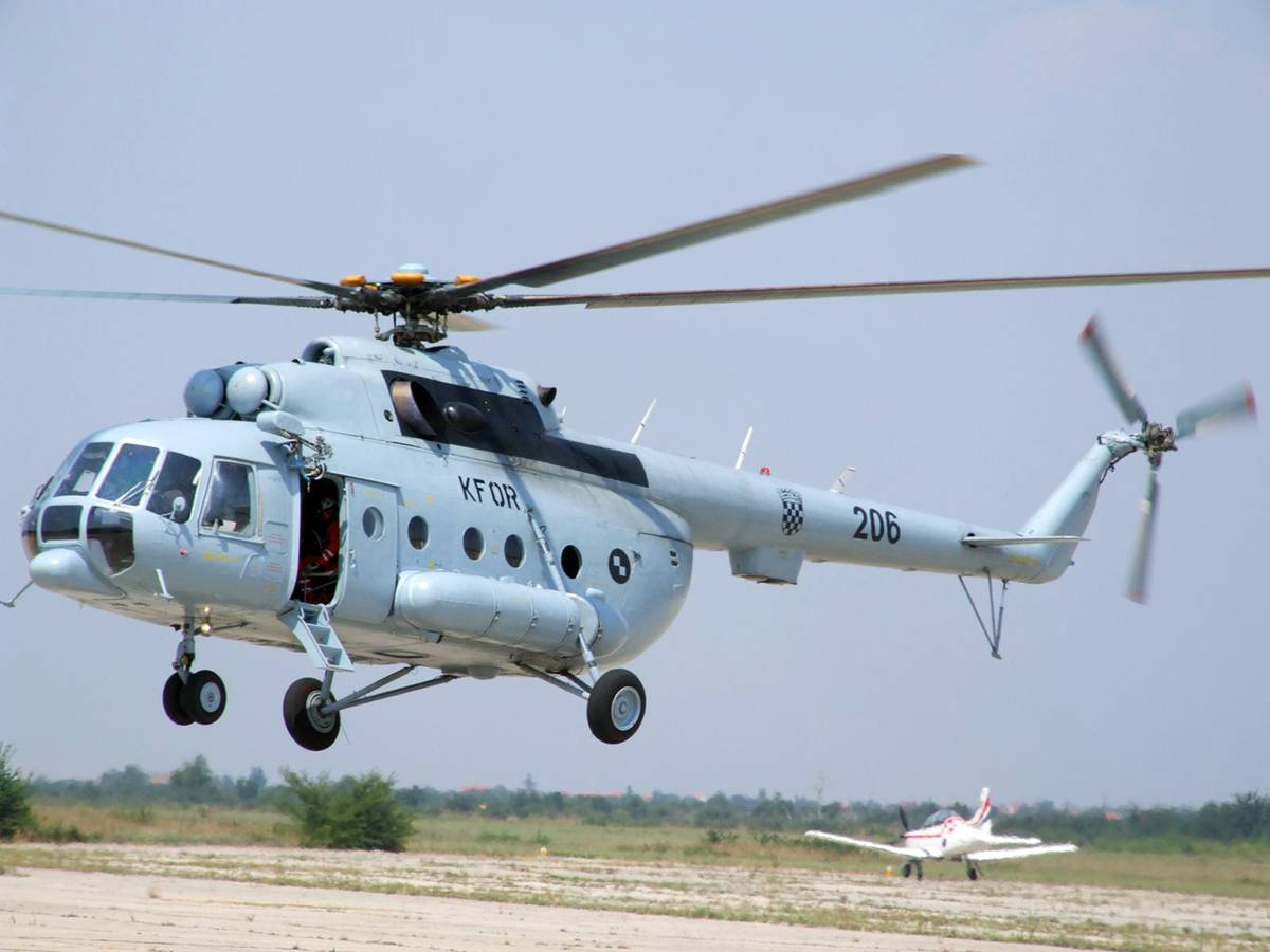 Hitan prijevoz: Helikopterom prevezli novorođenče u Split