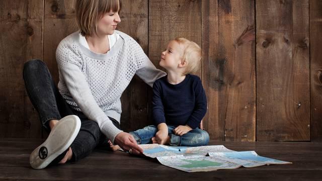 Roditelji koji odgajaju pametnu djecu uče ih ovih 5 stvari