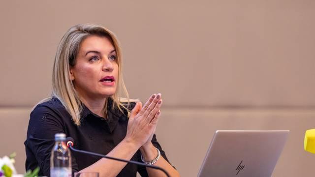 """Ministrica Brnjac u Rovinju predstavila nacrt podkomponente """"Razvoj održivog, inovativnog i otpornog turizma"""""""
