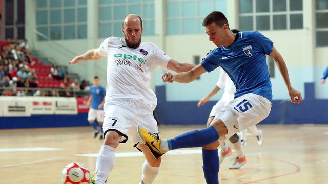 Makarska: U derbiju 2. kola Novo vrijeme svladalo Futsal Dinamo rezultatom 4:1