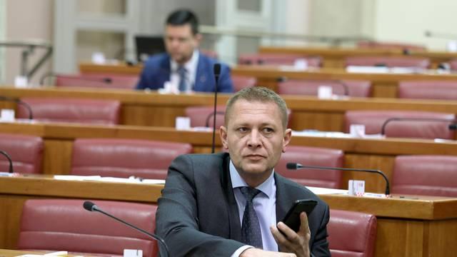 K. Beljak objavio na Twitteru: Vrijeme je da se županije ukinu