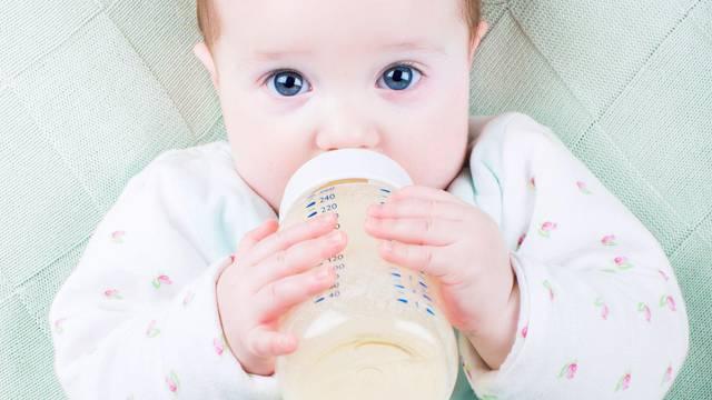 Trzanje, štucanje i brzo disanje kod beba potpuno su normalni