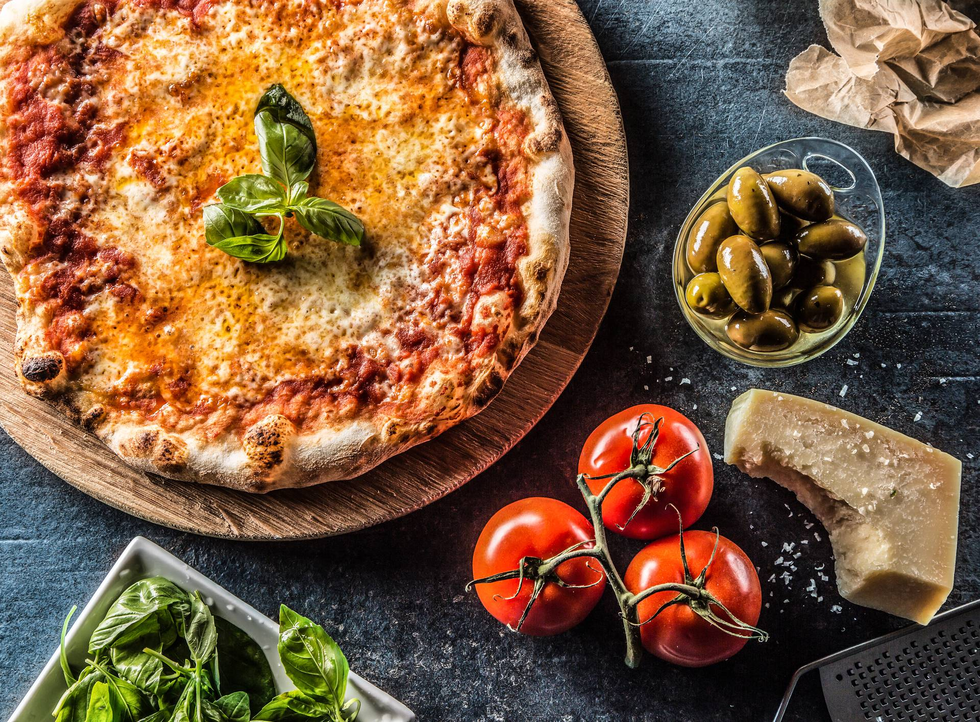 Napravite pizzu Margaritu za prste polizati u samo 8 minuta