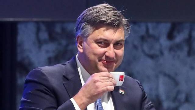 Plenković: 'Od 1. ožujka otvorit ćemo terase kafića, dozvoljeni i treninzi u zatvorenom prostoru'