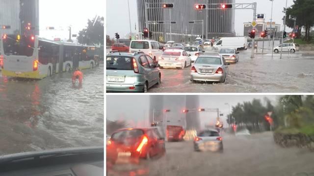Splitske ulice pod vodom zbog obilne kiše, kaos na cestama