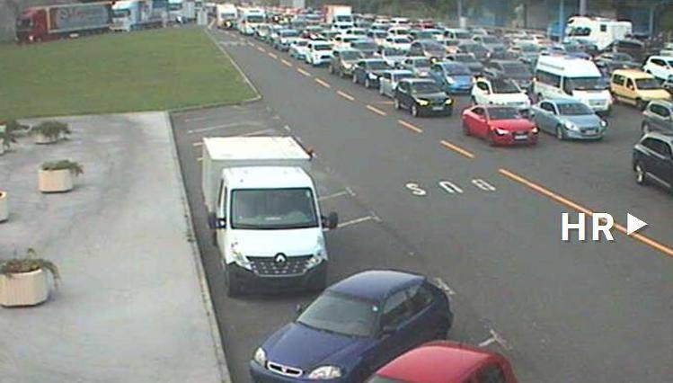 Gužve na cestama: Na izlazu iz Hrvatske auti čekaju čak 5 sati