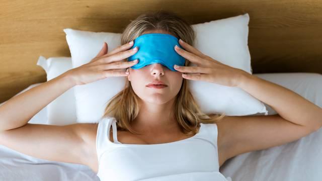 5 loših navika prije spavanja koje mnogi rade, pa se ujutro bude premoreni i razdražljivi