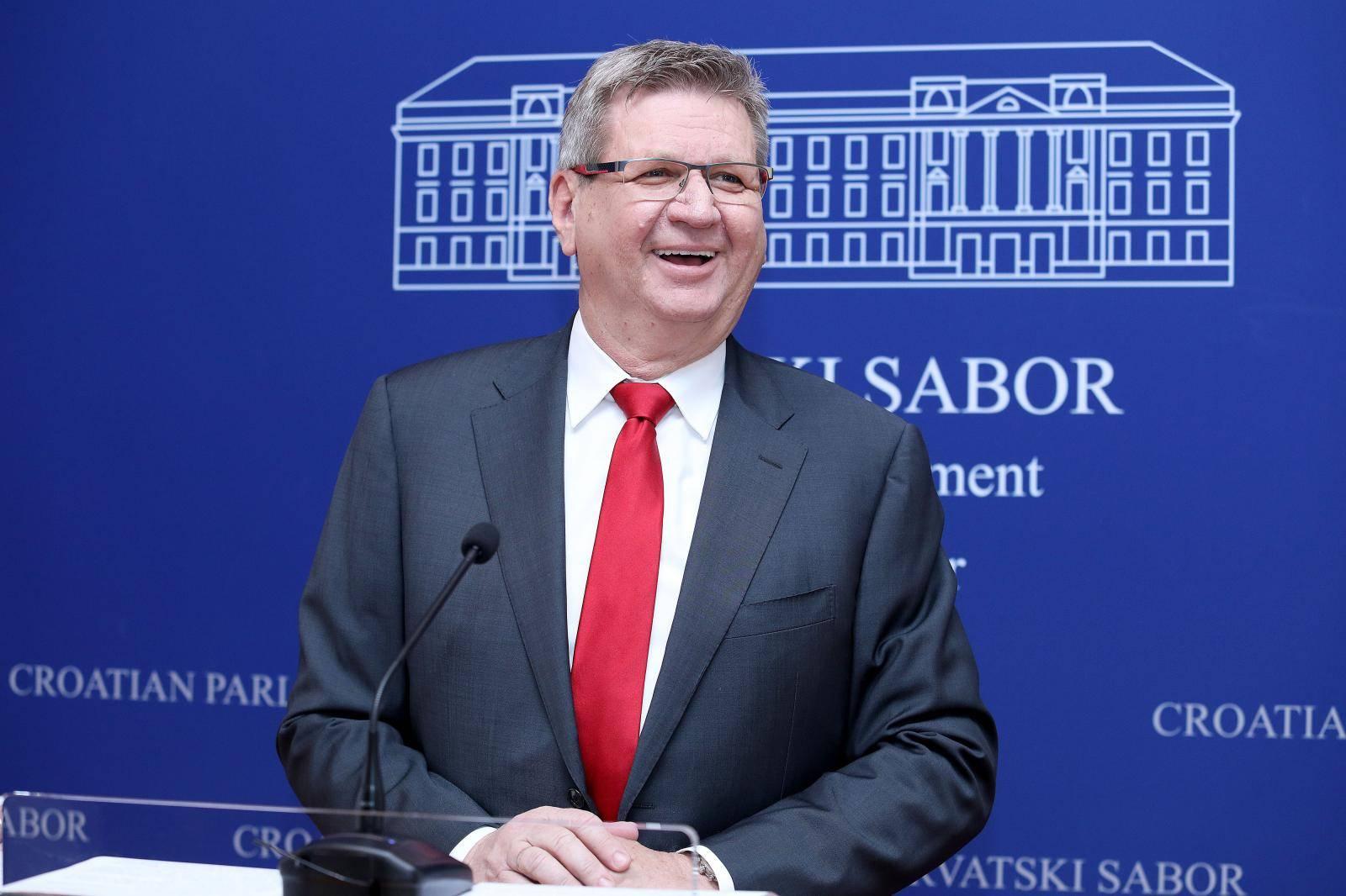 Mrsić: Nacionalni stožer Civilne zaštite ostao bez kredibiliteta