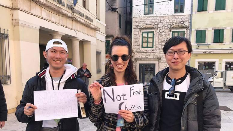 Zbog virusa Šibenikom hodali uz natpis: 'Mi nismo iz Kine!'