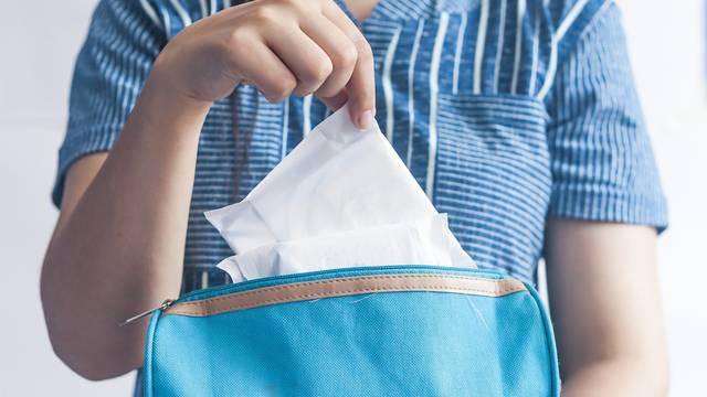I tri srednje škole u Istri dobit će besplatne higijenske uloške