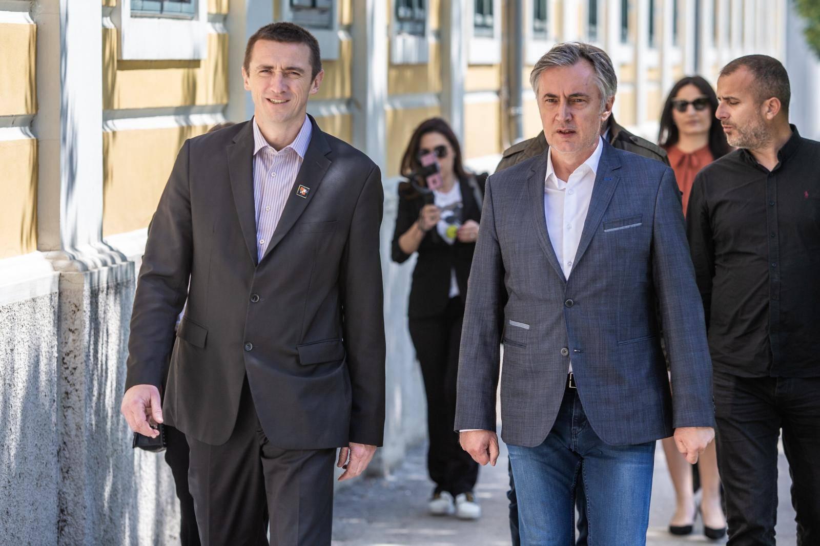 Miroslav Škoro i Ivan Penava u Vukovaru najavili kako zajedno izlaze na parlamentarne izbore