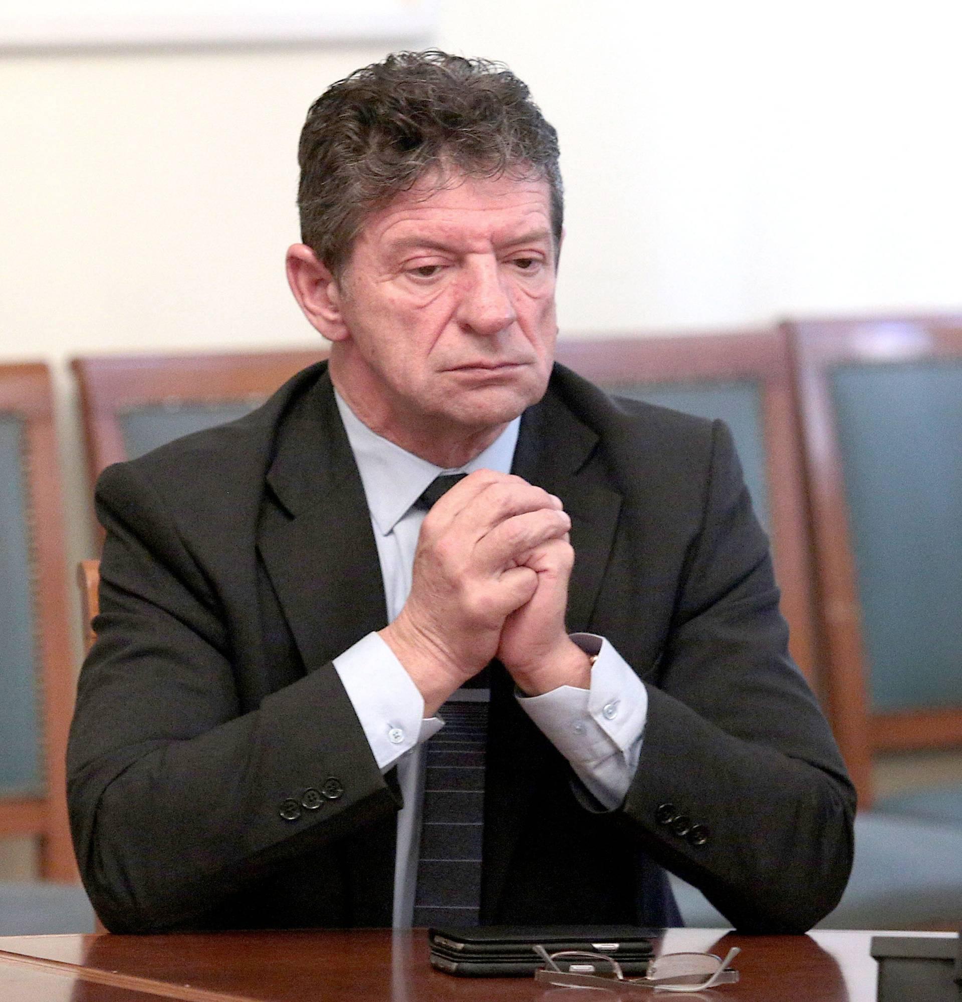 """""""Orešković se ponaša kao kancelar, a ne kao premijer"""""""
