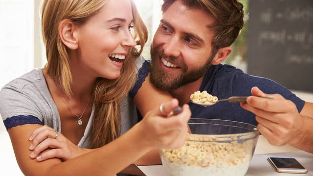 Potaknuti zdrave navike kod partnera nije lako, ali može se
