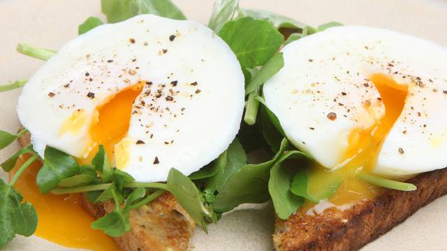 Recept: Savršeno poširana jaja