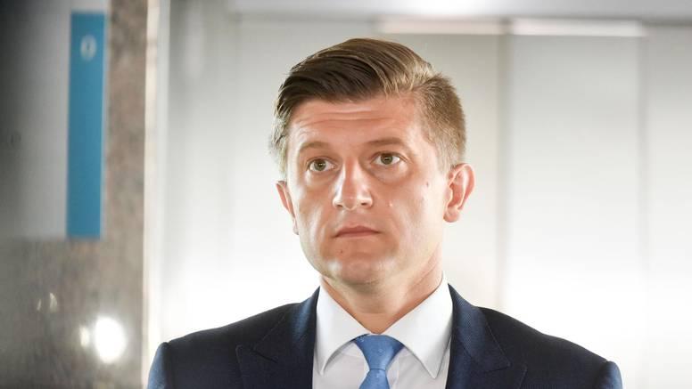 Marić popustio pritiscima: 'Dio ljetovanja proveo sam na jahti svog prijatelja Blaža Pavičića'