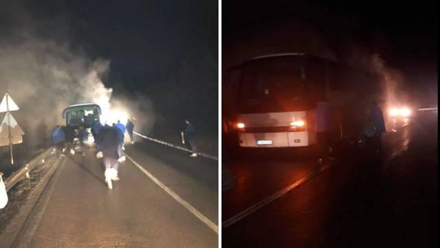Igračima Radnika se zapalio autobus dok su putovali kući