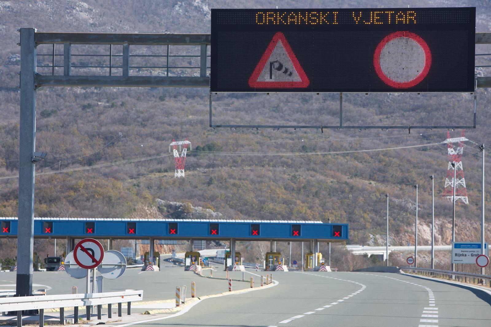 Jak vjetar stvara probleme na A6 i Jadranskoj magistrali