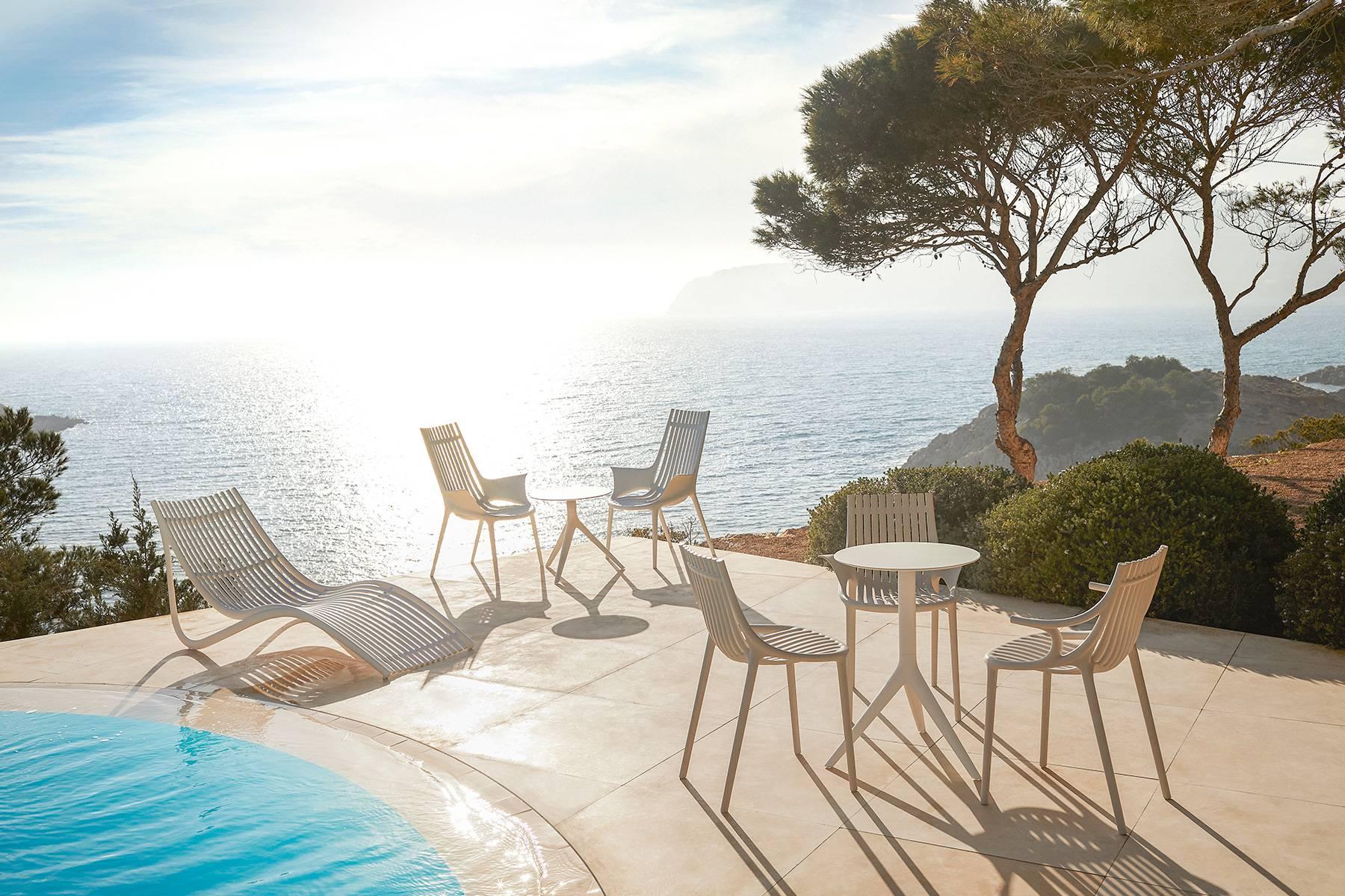 Udobni stolci i fotelje izrađeni od recikliranih mreža iz oceana