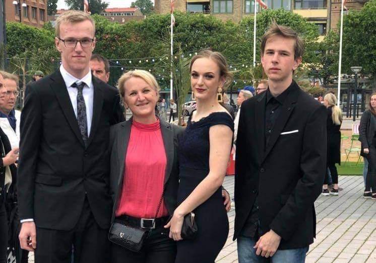Švedska: Ovdje djeca učiteljima i roditeljima na roditeljskom govore oko čega trebaju pomoć