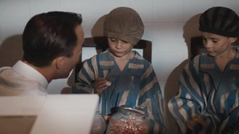 Djeci bi dao slatkiše, a onda im vadio organe bez anestezije