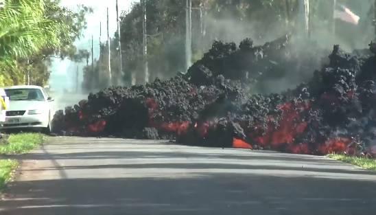 Zastrašujuće: Lava iz vulkana na Havajima otopila Mustang
