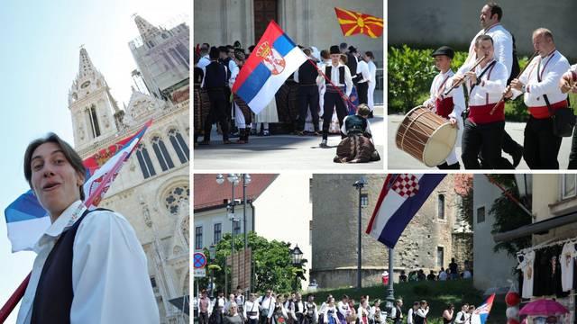 Folkloraši iz Makedonije i Srbije se zabavljali u centru Zagreba