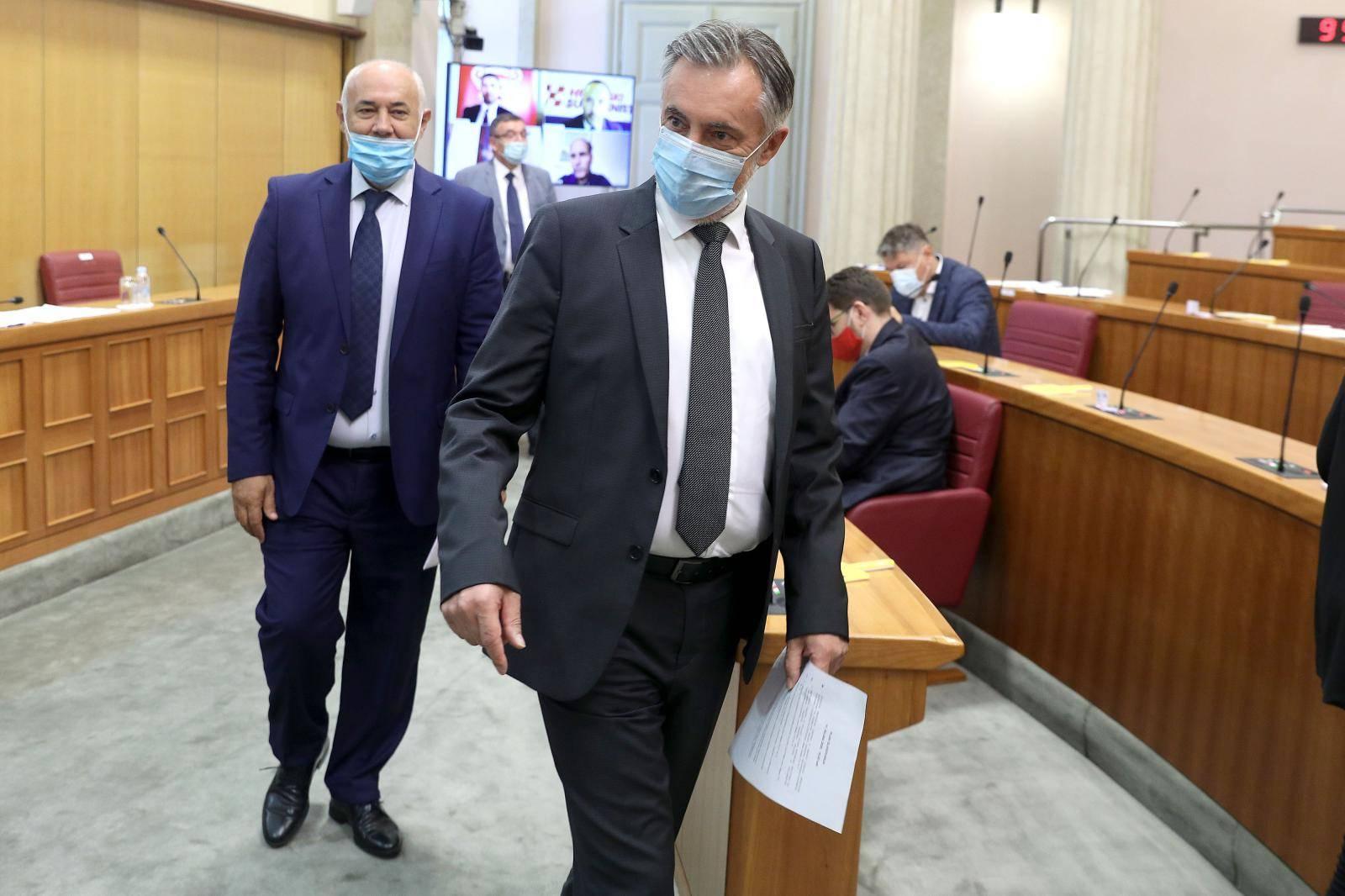 Zagreb: 4 zastupnika glasalo preko video linka o amandmanima na zakon o obnovi grada