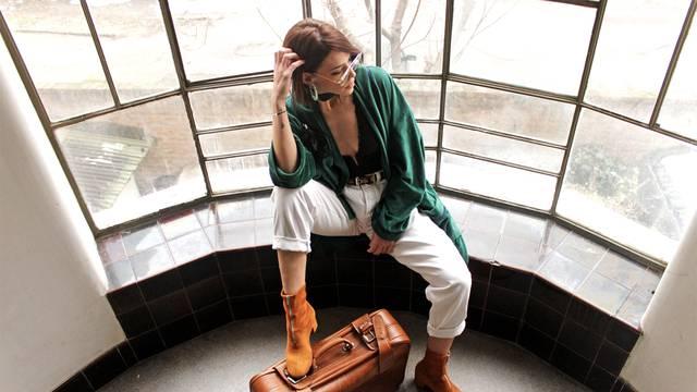 'Svako putovanje prilika nam je da potražimo vintage odjeću'