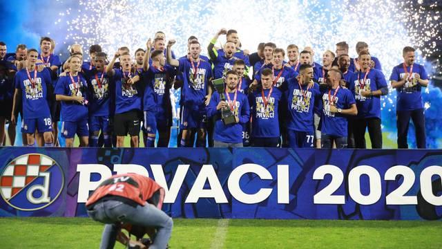 Dinamo na praznom stadionu proslavio naslov prvaka