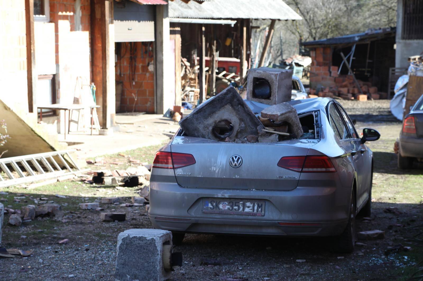 FOTO Prizori koji slamaju srce: Sisak i Petrinja nakon potresa