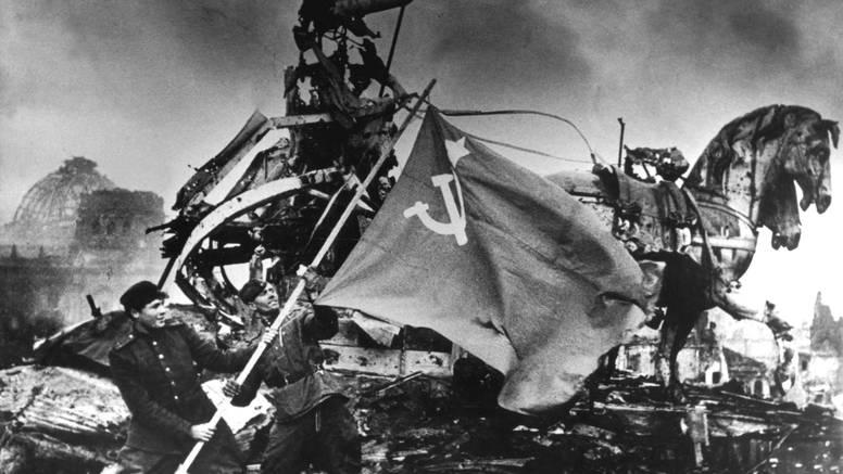 Masovni suicidi zbog straha od Sovjeta: Ubijali djecu pa sebe...