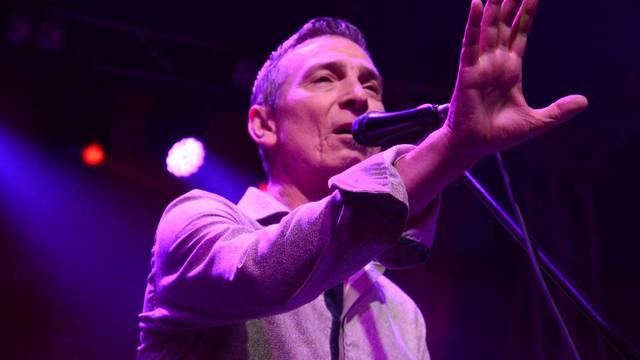 Koprivnica: Massimo održao kišni koncert na otvaranju manifestacije Ljeto na Zrinskom