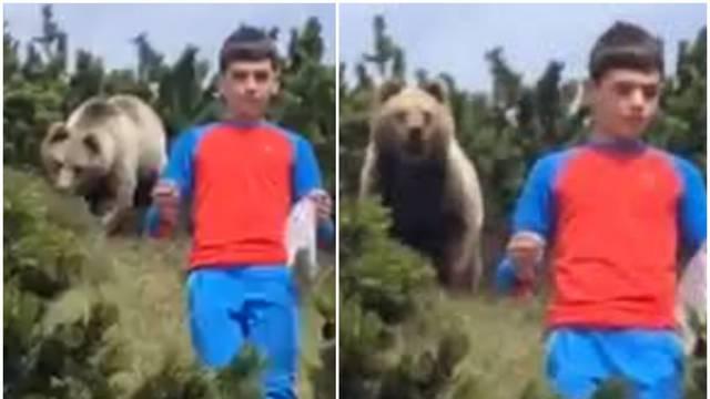 Jeziva snimka: Dječak za dlaku uspio izbjeći napad medvjeda...